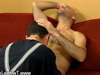 Twink candy gay Phillip Ashton feels badly taking a massive tip for a